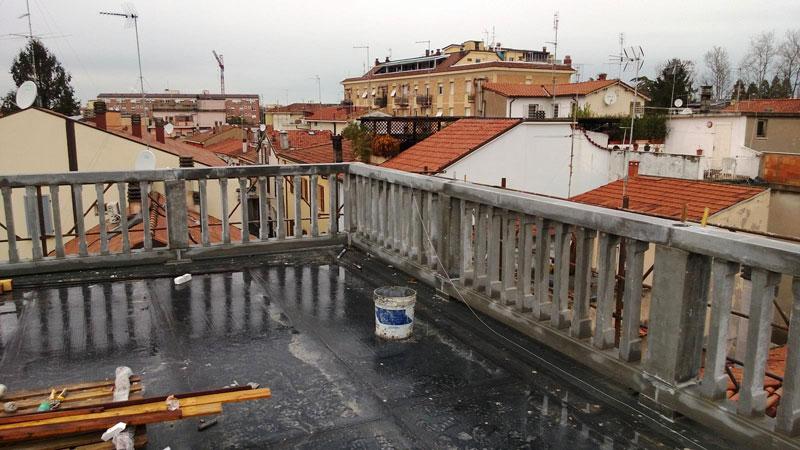 terrazza con balcone rimini