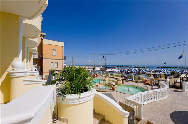 hotel-montanari-bellaria